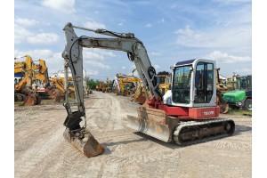 Midi excavator pe senile de cauciuc Takeuchi TB80FR