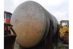 cisterna de 50.000 litrii