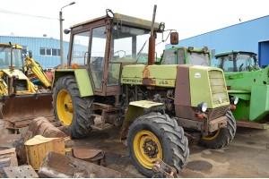 Tractor Fortschritt ZT 323