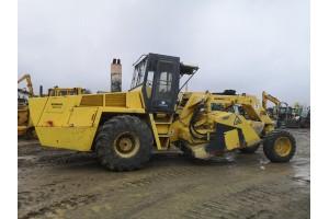 Excavator pe pneuri Liebherr A904C