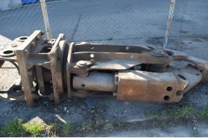Masina de asfaltat Nissan Atleon 210.150