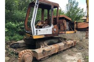 Dezmembrez excavator pe senile Liebherr 904